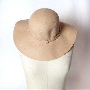 Accessories - Nude felt wide brim floppy hat